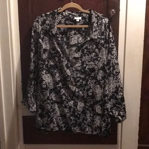 Barack and white floral blouse, figure flattering